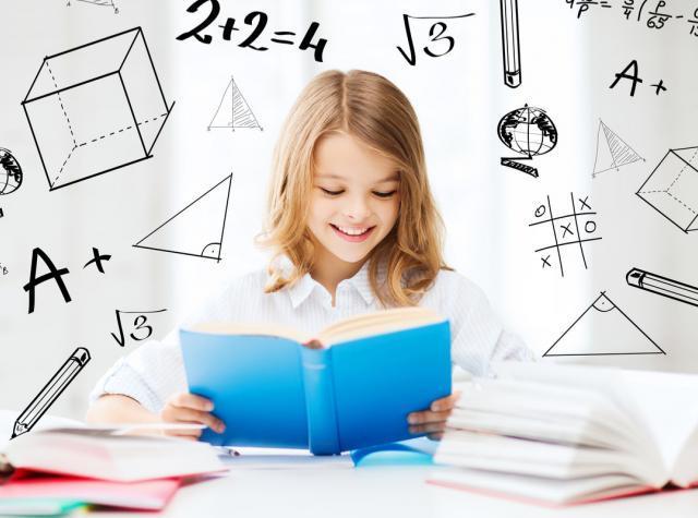 勉強している女の子の頭の中のイメージ画像